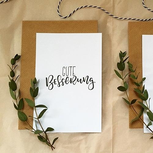 """Schlichte Postkarte mit Lettering """"Gute Besserung"""""""
